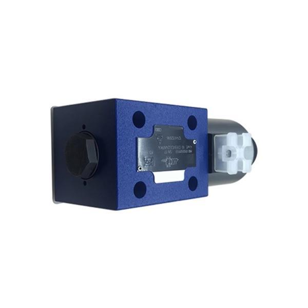Rexroth 4WE10D5X/EG24N9K4/M Solenoid directional valve #1 image